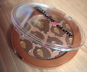 make up, makeup, and bronze image