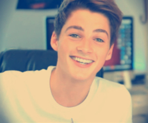 jack and finn harries image