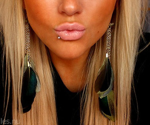 blonde, lips, and piercing image