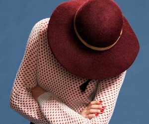 dot, hat, and red image