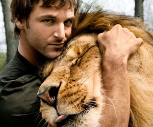 :), lion, and tongue image