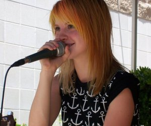 hayley williams and girl image