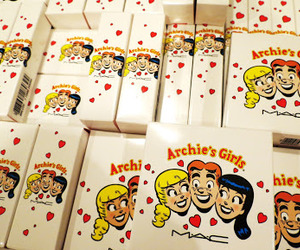 Archie, blogger, and collection image
