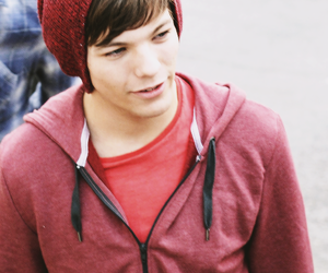louis tomlinson, one direction, and red image