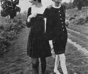 twiggy, vintage, and black and white image