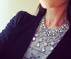 fashion, necklace, and lips image