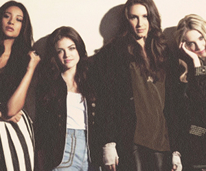 lucy hale, pretty little liars, and pll header image