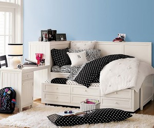 bed, bedroom, and cool image