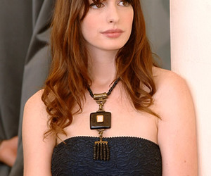 Anne Hathaway and girl image