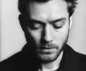 jude law, black and white, and boy image