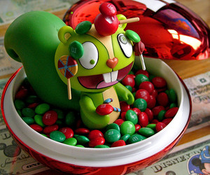 happy tree friends, candy, and m&m image