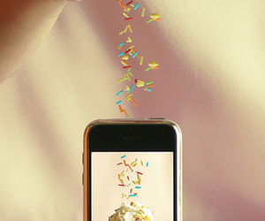 iphone, cute, and cupcake image