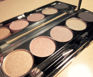 make up, makeup, and glitter image