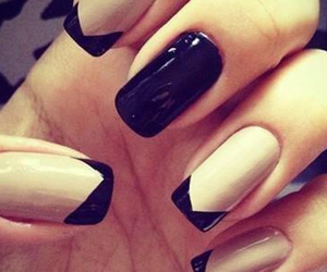 black and white, nial art, and nails image