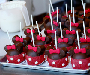 food, chocolate, and minnie image