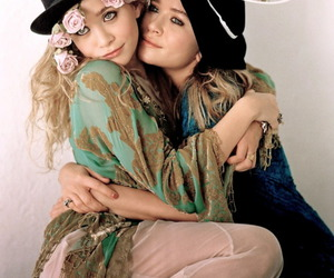 twins, ashley olsen, and olsen image