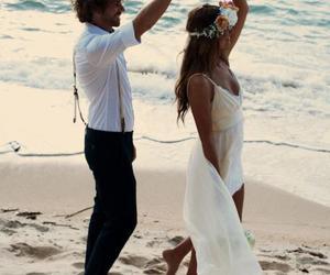 couple, meer, and wedding image