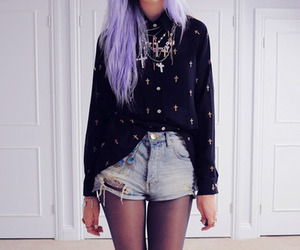 hair, grunge, and outfit image