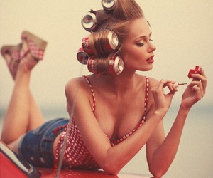 girl, vintage, and nails image