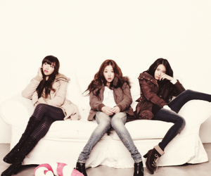 fx, victoria, and sulli image