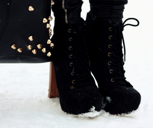 accessories, leather, and shoes image