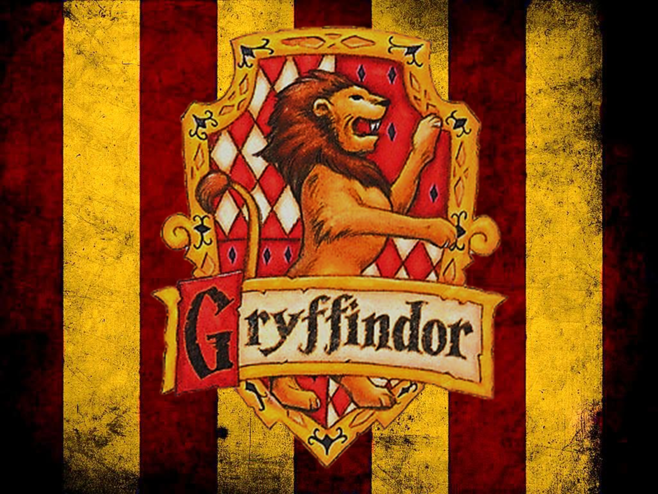 Gryffindor Wallpaper Discovered By Fairytale Girl