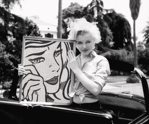 Marilyn Monroe and car image
