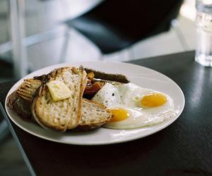 breakfast, vintage, and eggs image