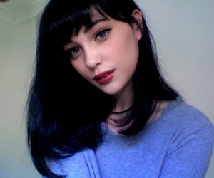 f, pale, and girl image