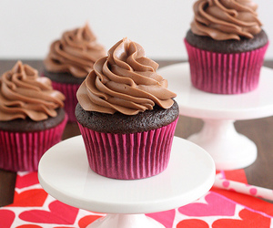 buttercream, cupcakes, and chocolate image