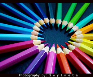 colors and pencil image