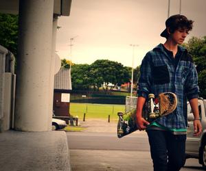 skateboard, boy, and skate image