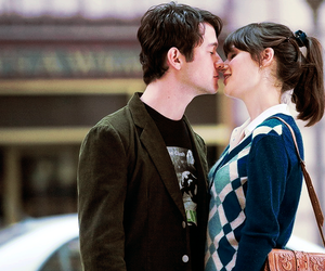 500 Days of Summer, couple, and kiss image