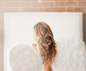 angel, lingerie, and dreamy image
