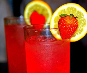 drink, strawberry, and lemon image