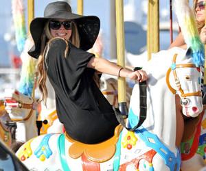 Avril Lavigne, Avril, and girl image