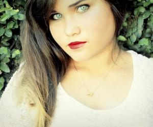 blue eyes, girl, and red lipstick image