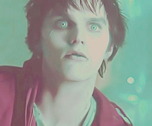 warm bodies, nicholas hoult, and zombie image
