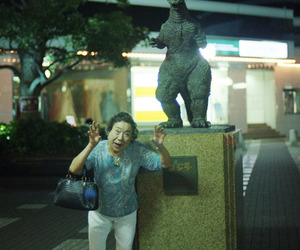 china, statue, and street image