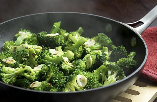 food, broccoli, and healthy image