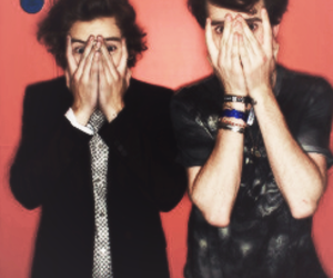 nick grimshaw and Harry Styles image