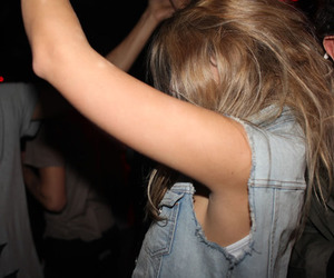 girl and party image