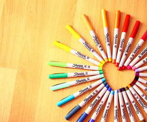 colores, corazon, and Sharpie image