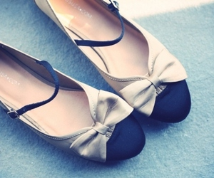beautiful, shoes, and bow image