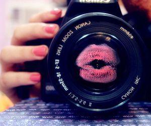 camera, kiss, and canon image