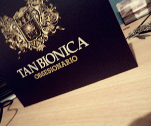tan bionica and obsesionario image