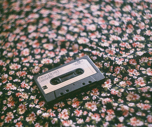 vintage, flowers, and indie image
