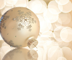 ornament, snowflake, and christmas image