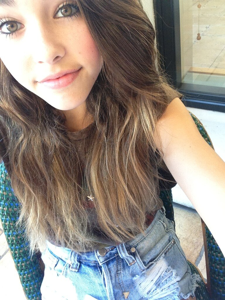 madisonellebeer selfie sunday http t co tig7vuuv twicsy the