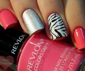 nails, pink, and zebra image